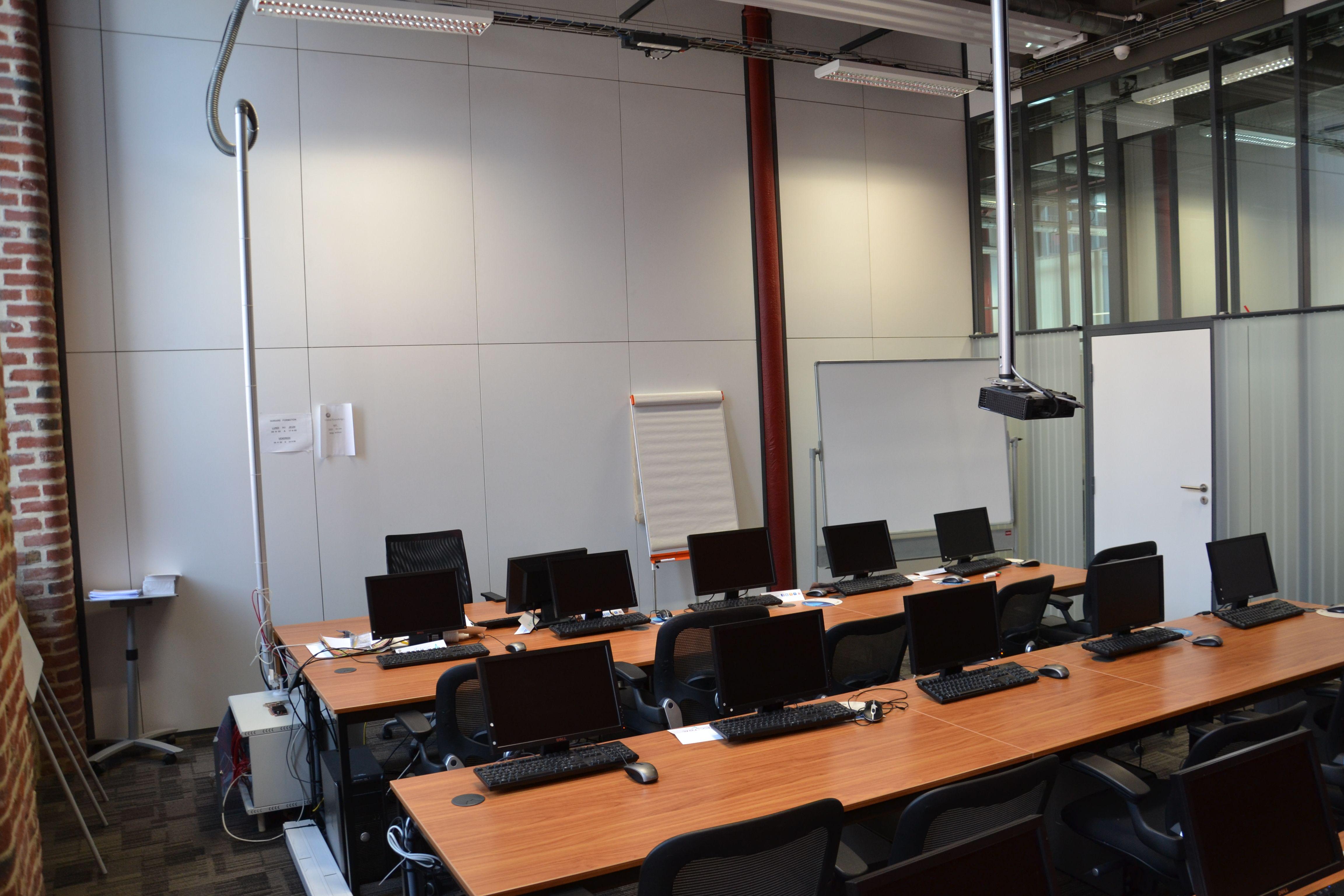 salle de réunion pour 15 personnes à Lille