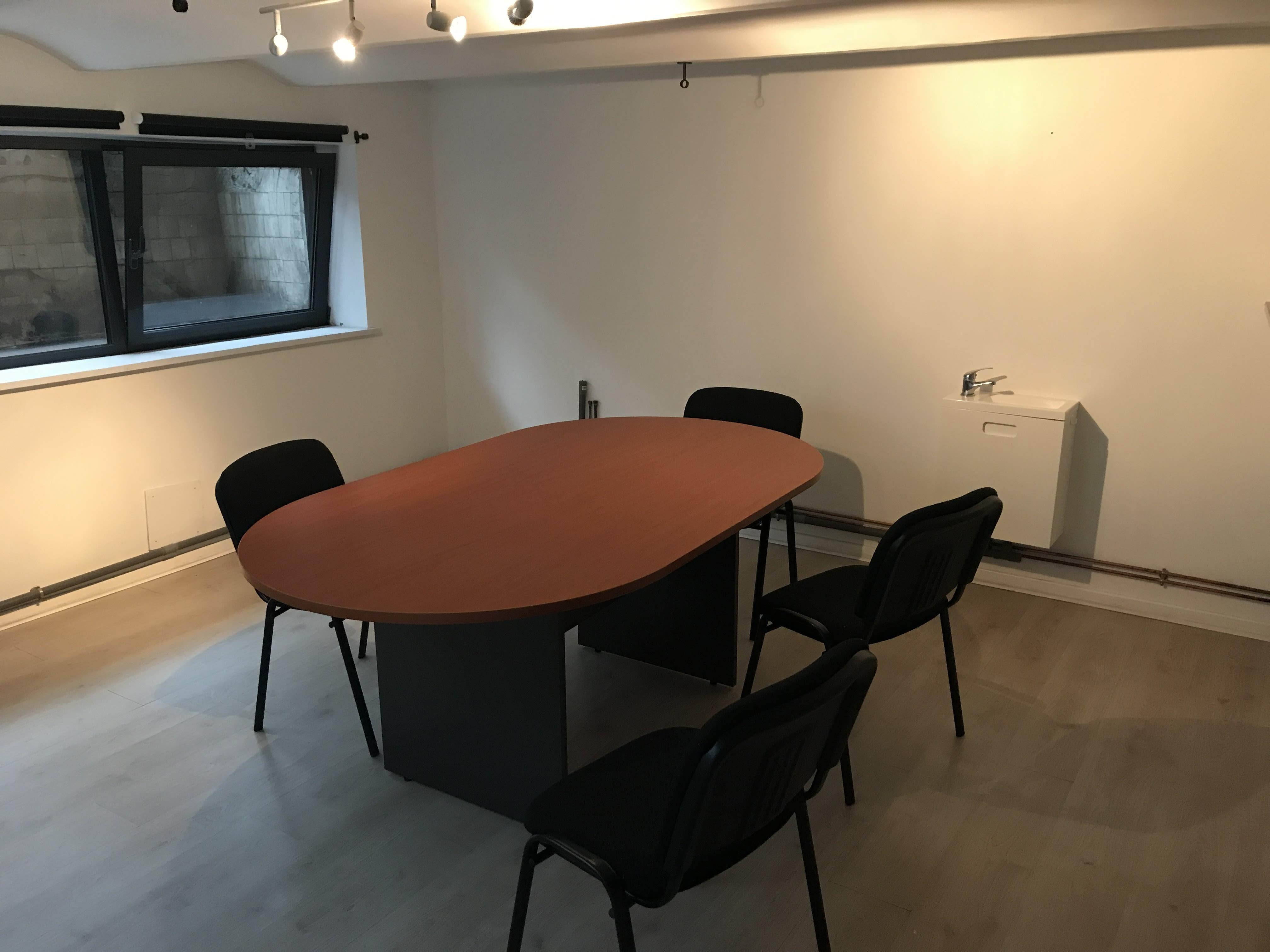 salle de réunion pour 6 personnes à Roubaix