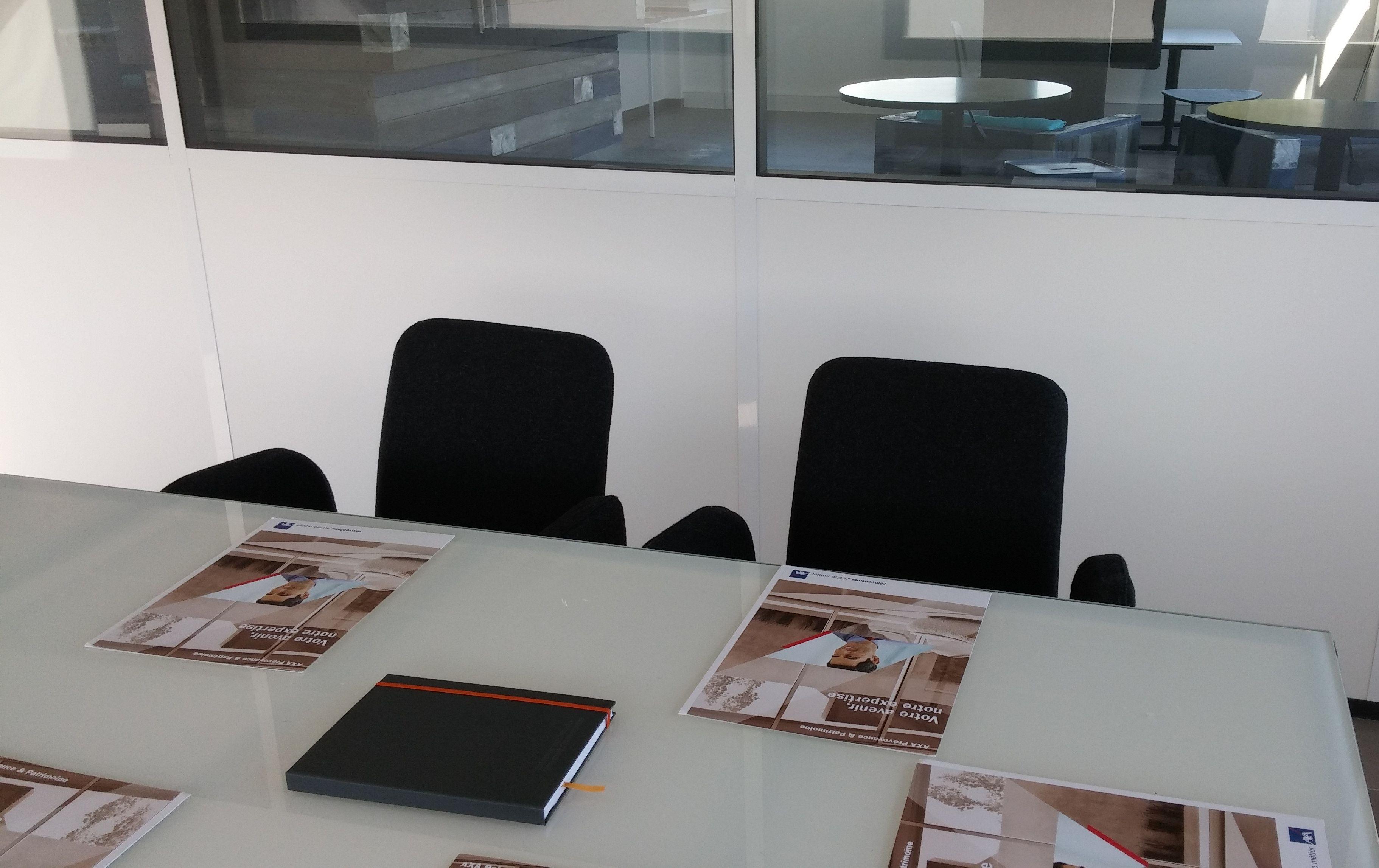 salle de réunion pour 10 personnes à EGUILLES