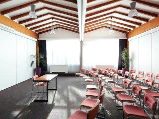 salle de réunion pour 160 personnes à Rivesaltes