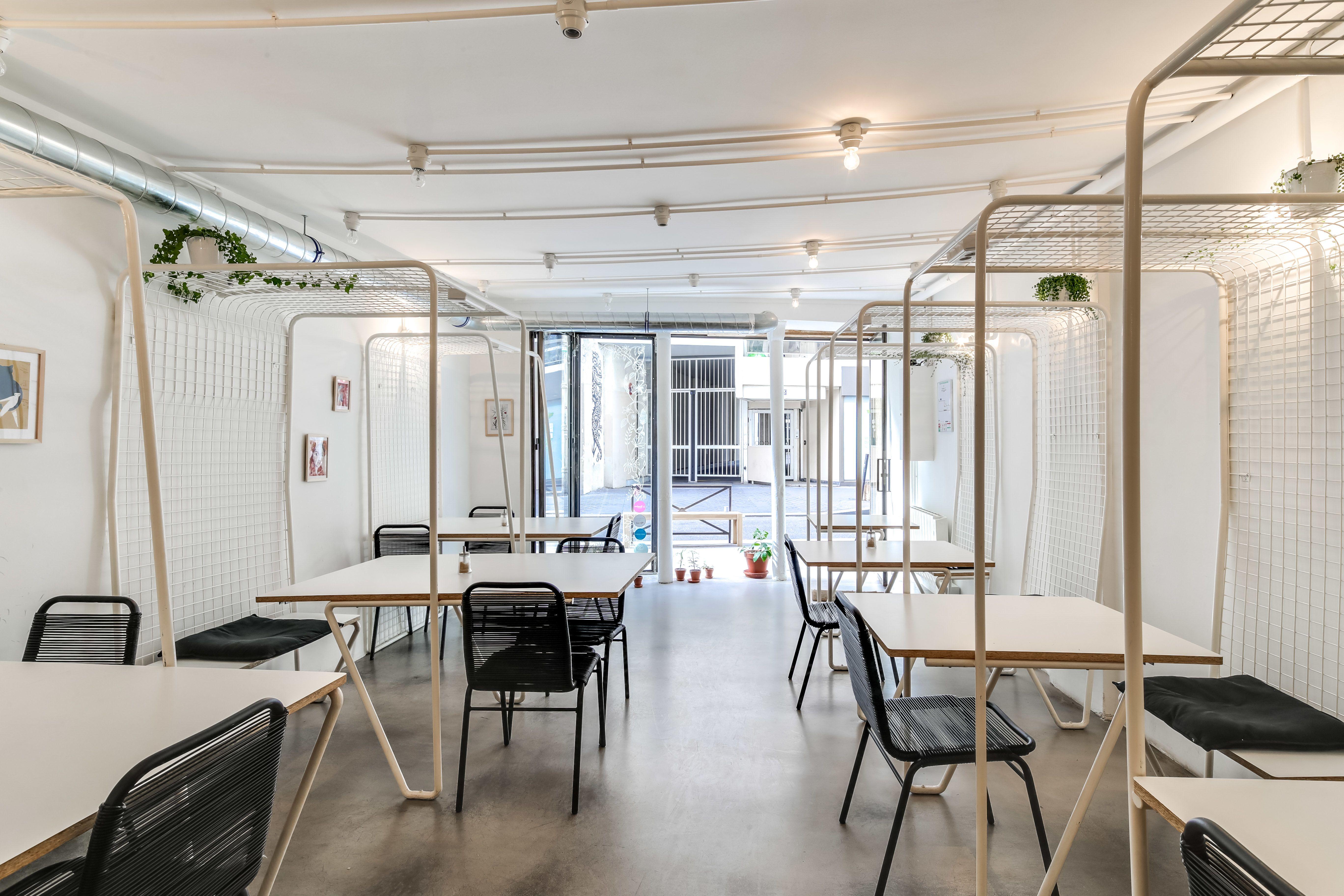 espace partagé d'une capacité de 18 personnes à paris
