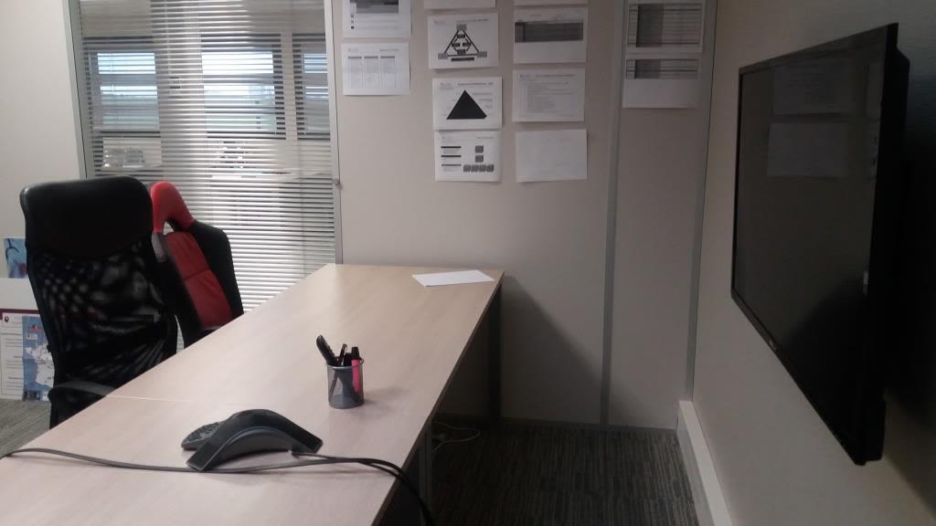 salle de réunion pour 6 personnes à Loos
