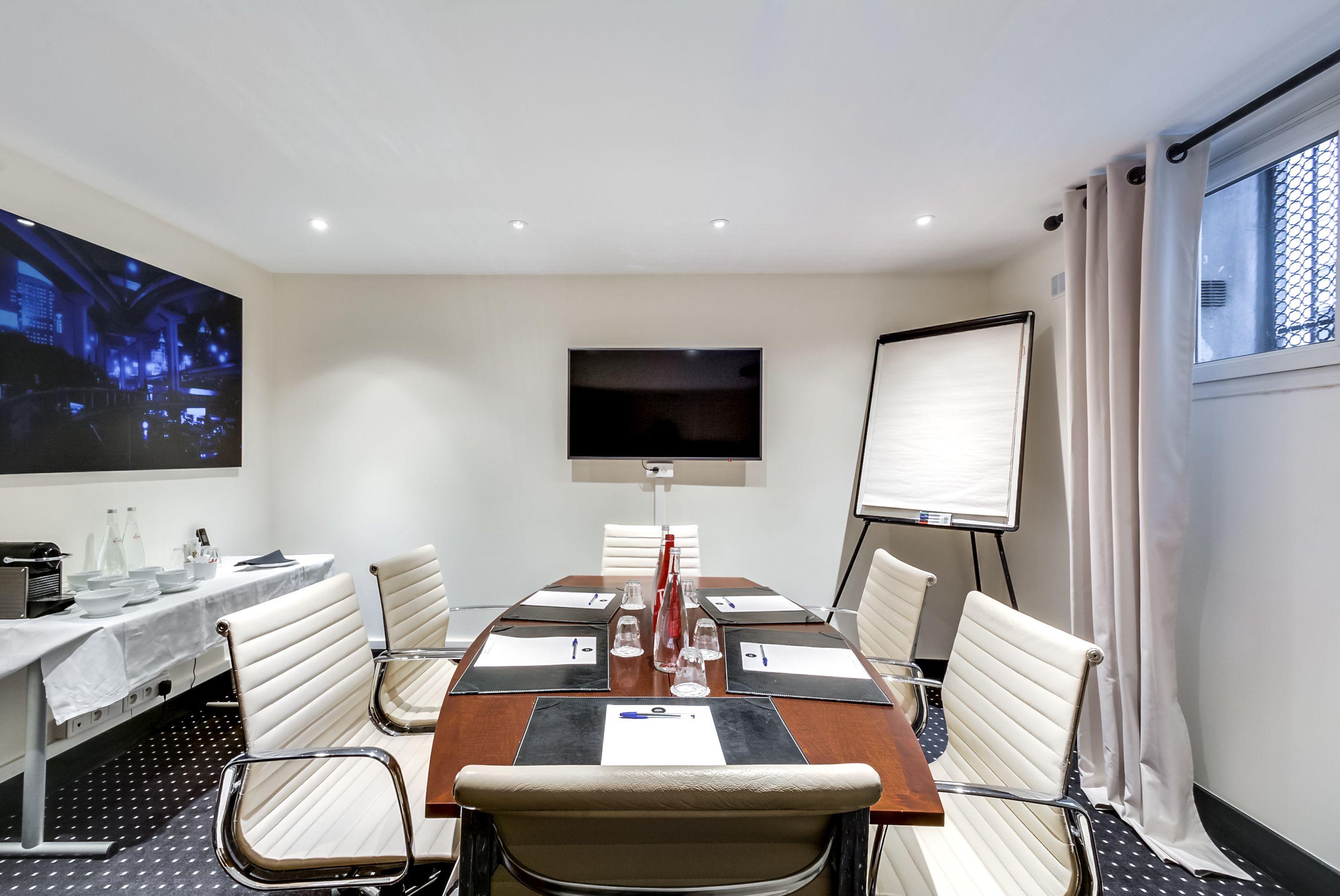 salle de réunion pour 6 personnes à Paris 16 Passy
