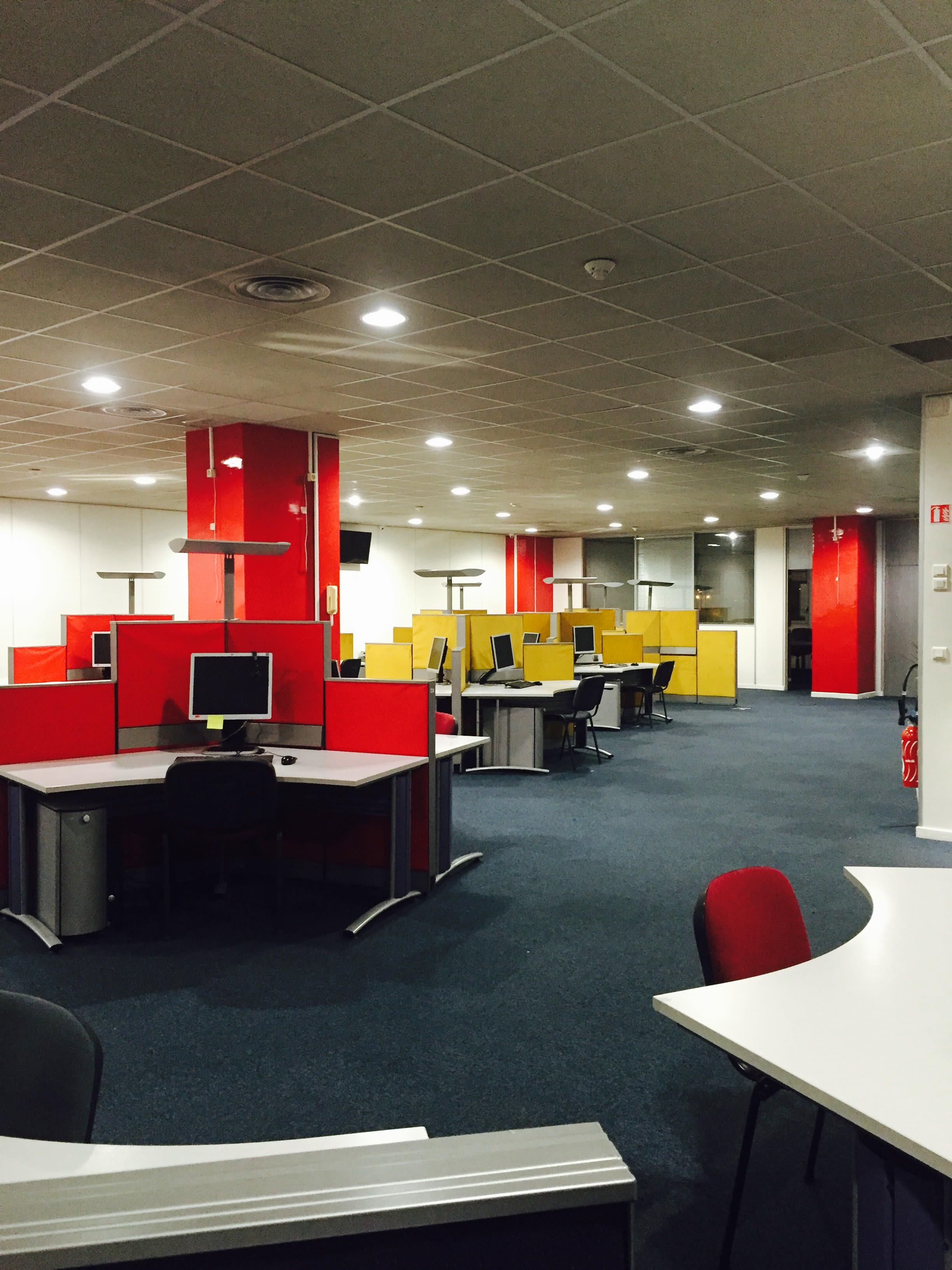 espace partagé d'une capacité de 36 personnes à paris