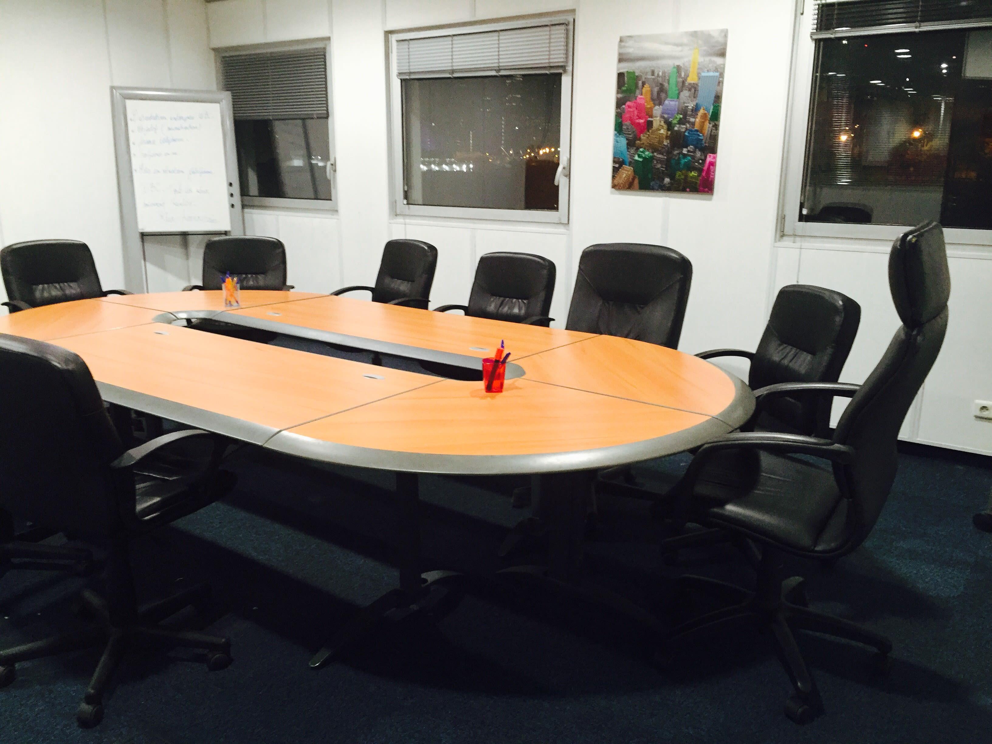 salle de réunion pour 10 personnes à Nanterre