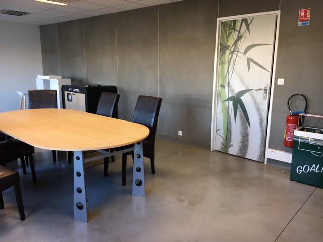 salle de réunion pour 8 personnes à Lesquin