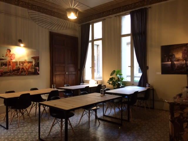 espace partagé d'une capacité de 16 personnes à Montpellier