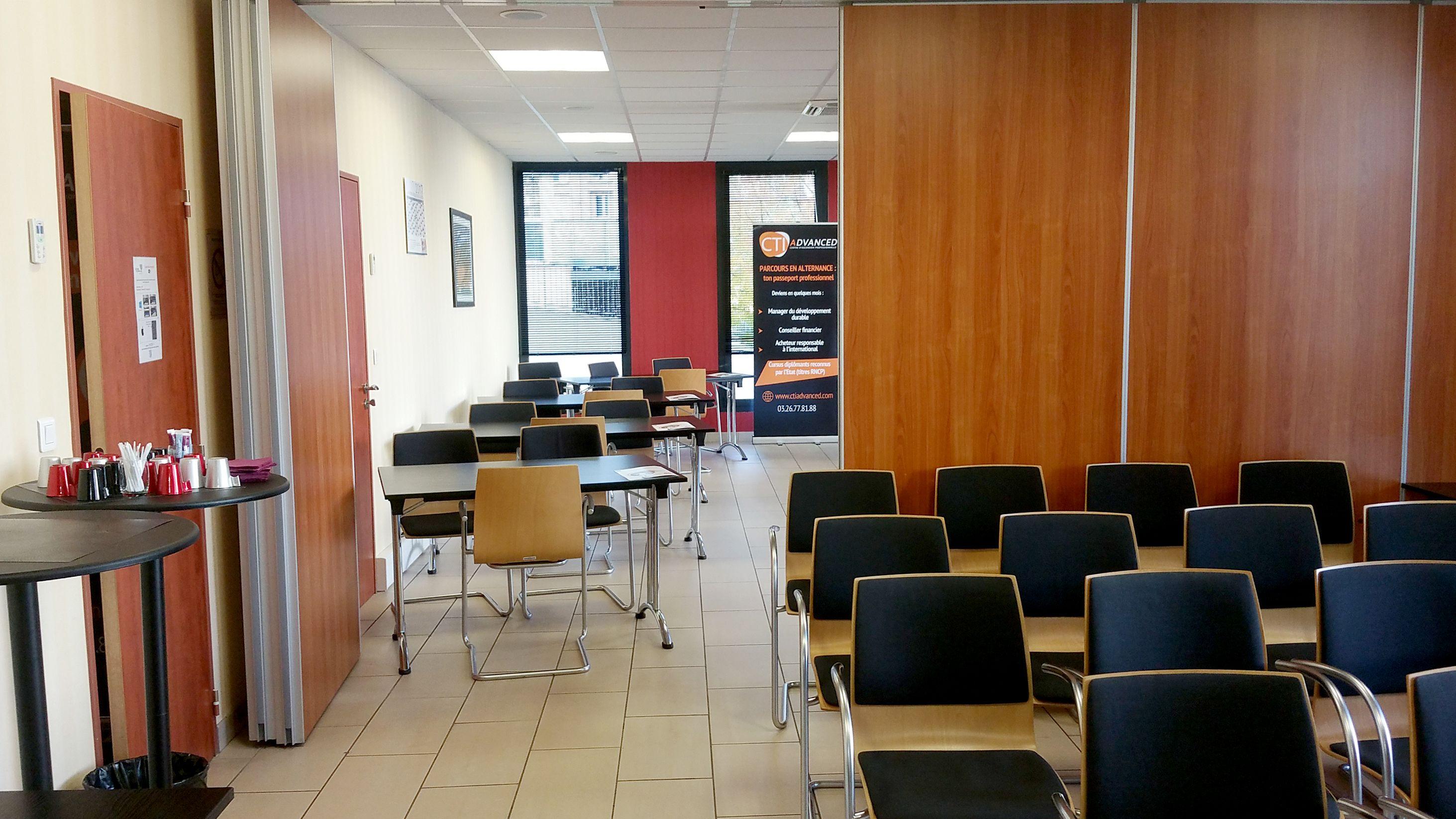 salle de réunion pour 45 personnes à Reims
