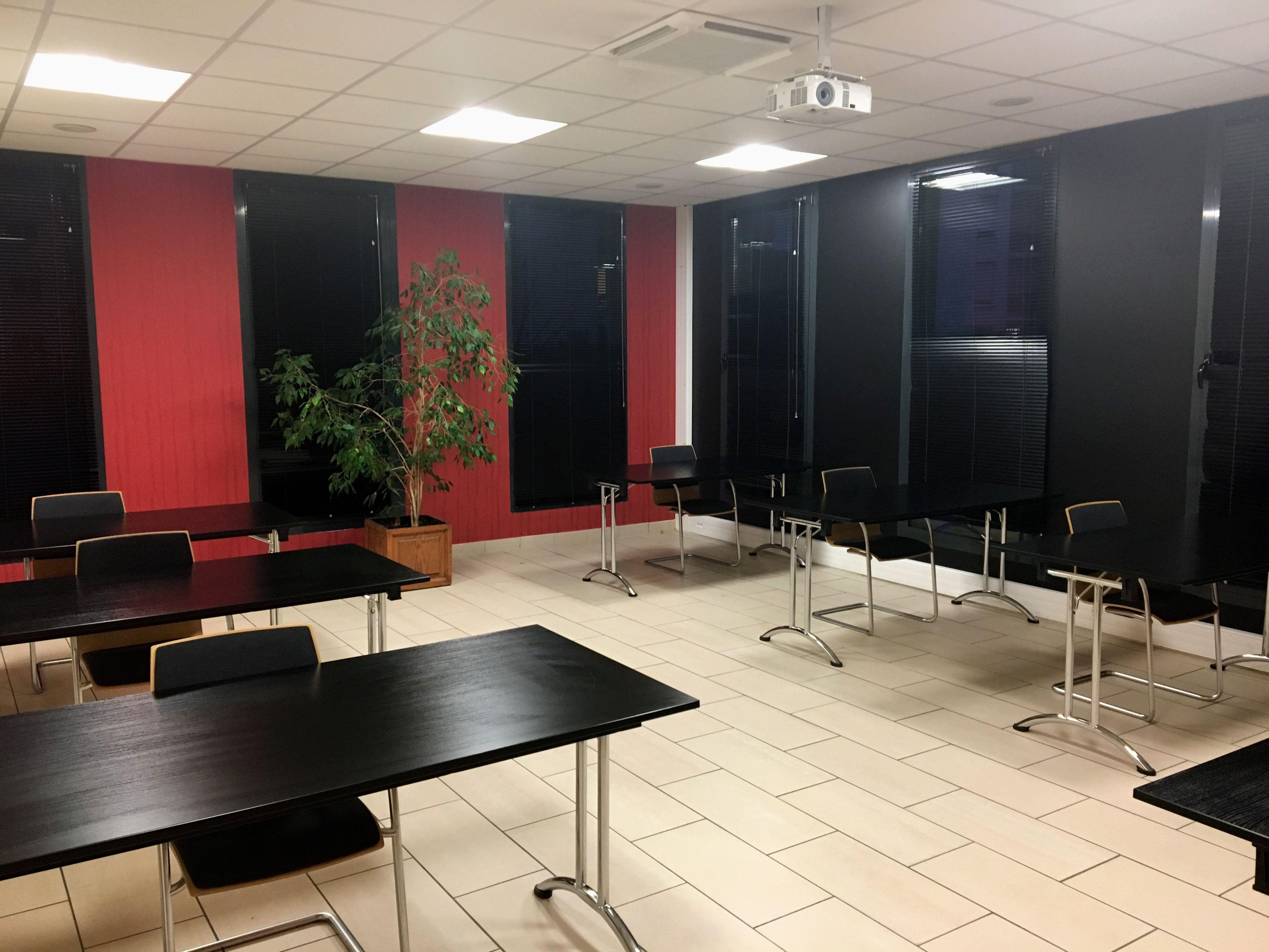 salle de réunion pour 23 personnes à Reims