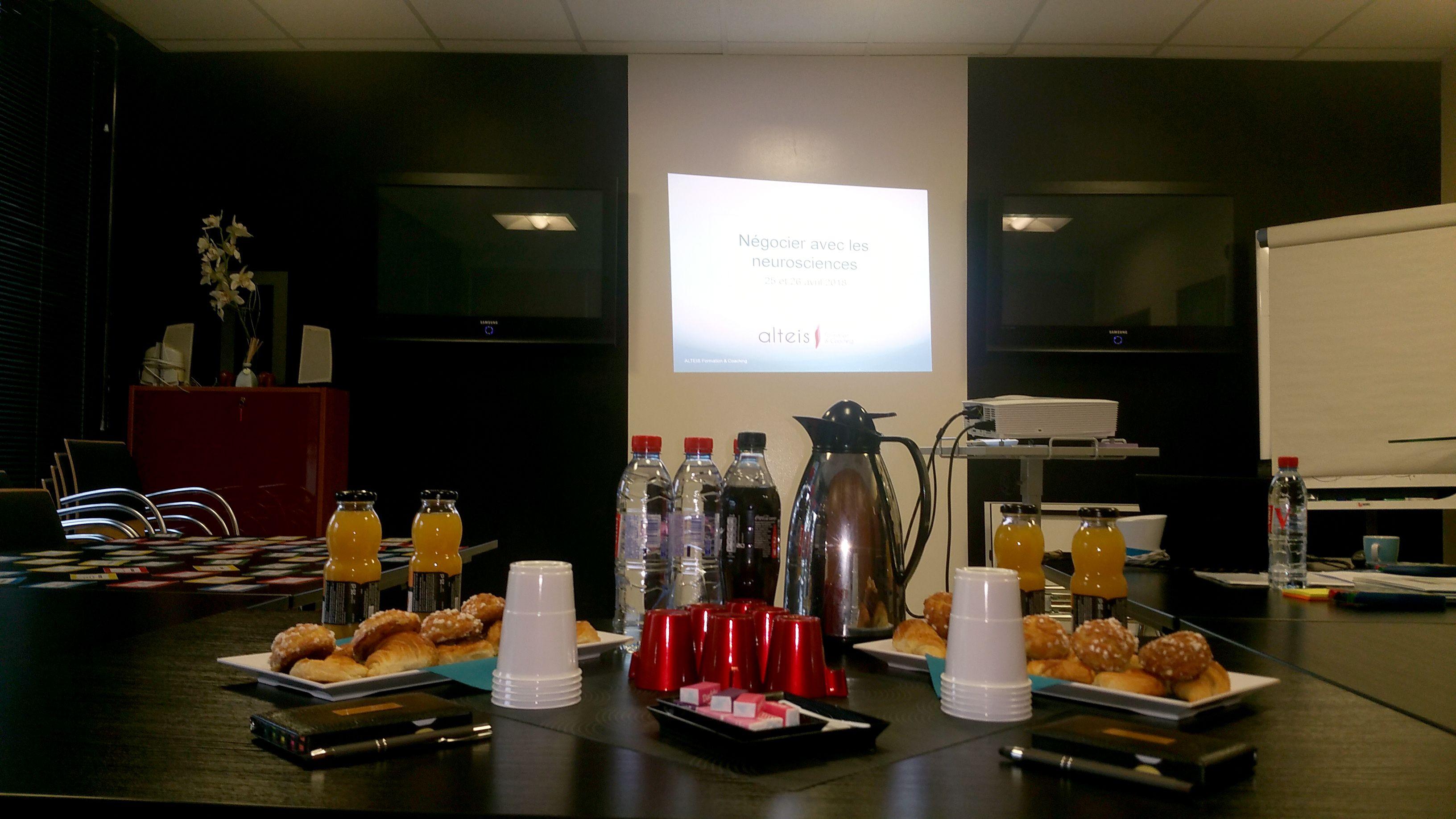 salle de réunion pour 15 personnes à Reims
