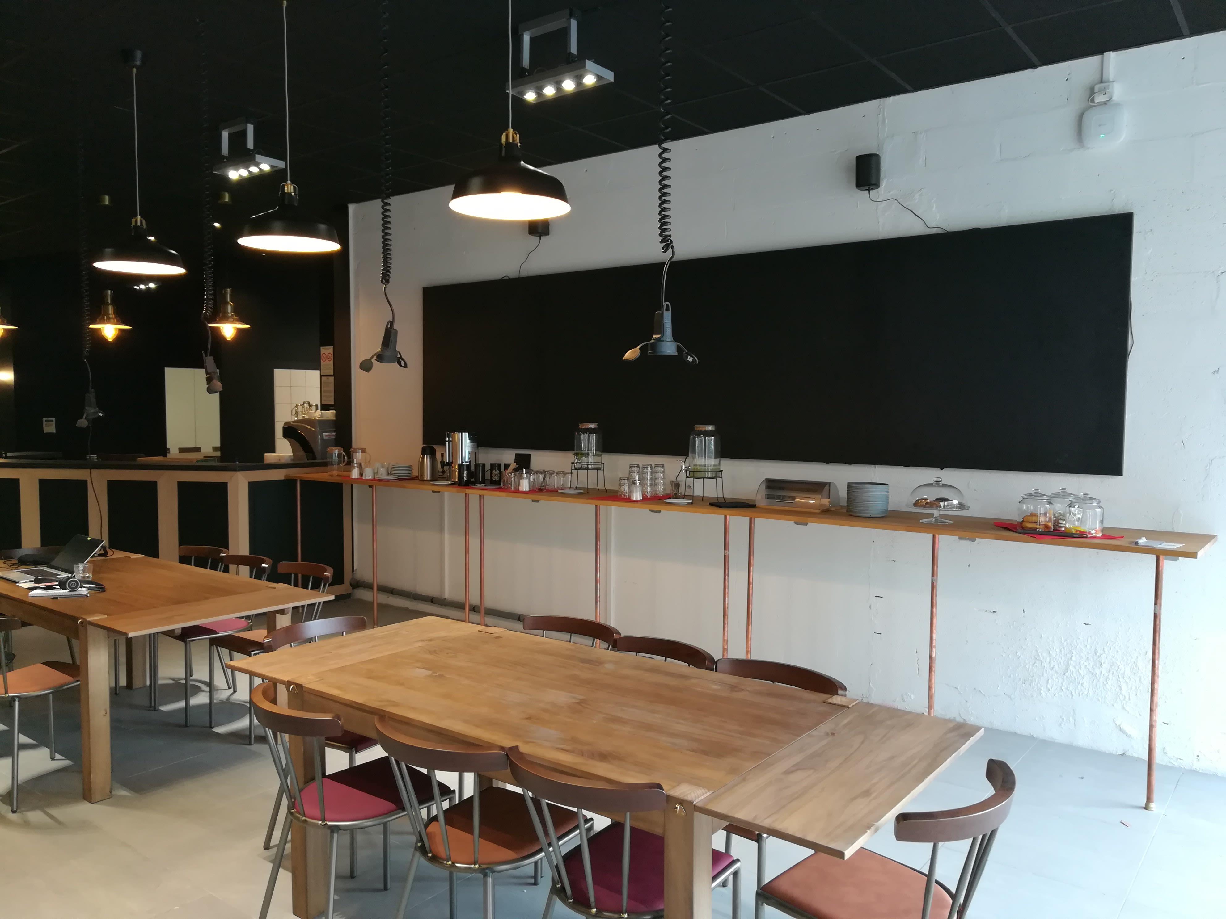 espace partagé d'une capacité de 80 personnes à Lille