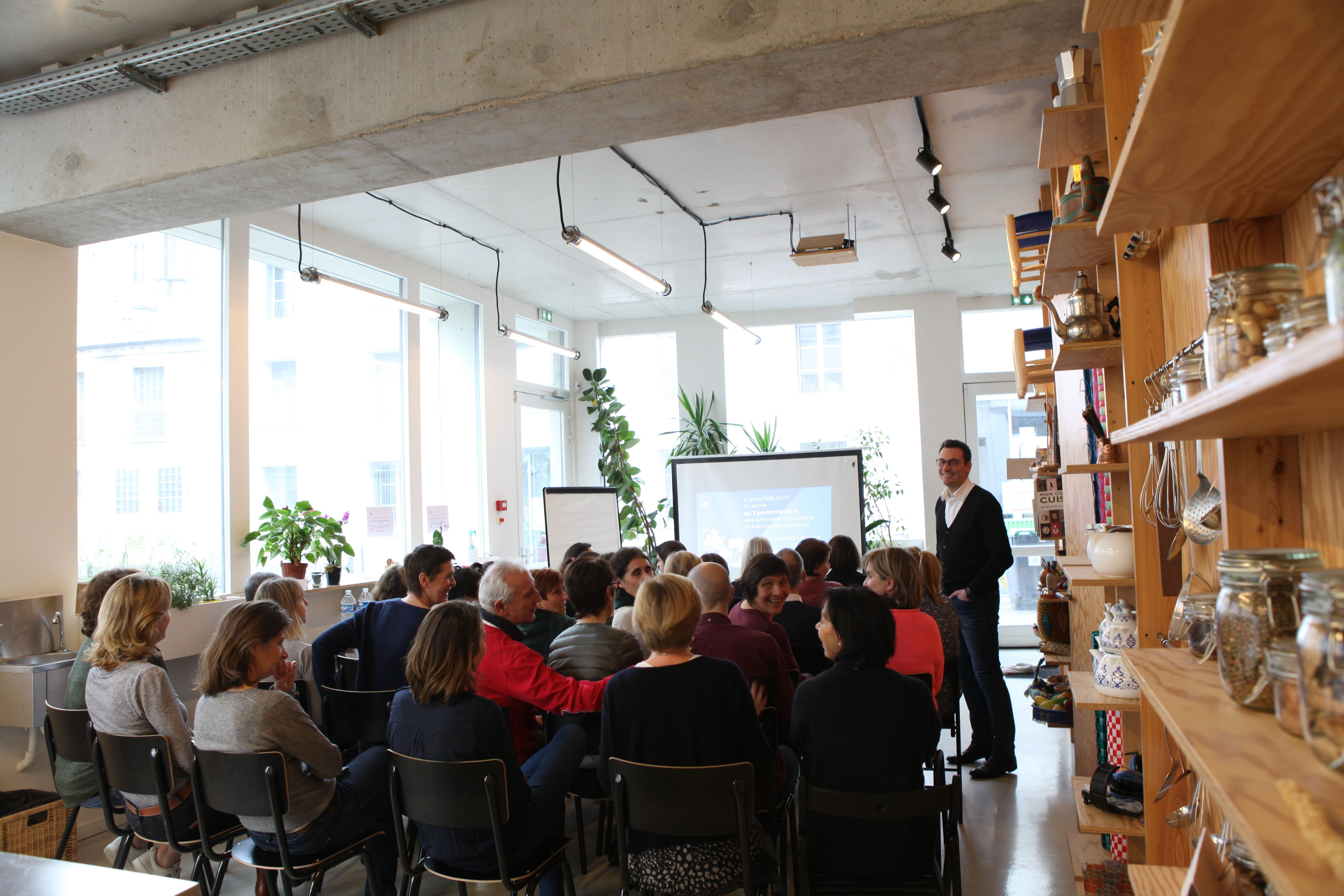 salle de réunion pour 42 personnes à Paris