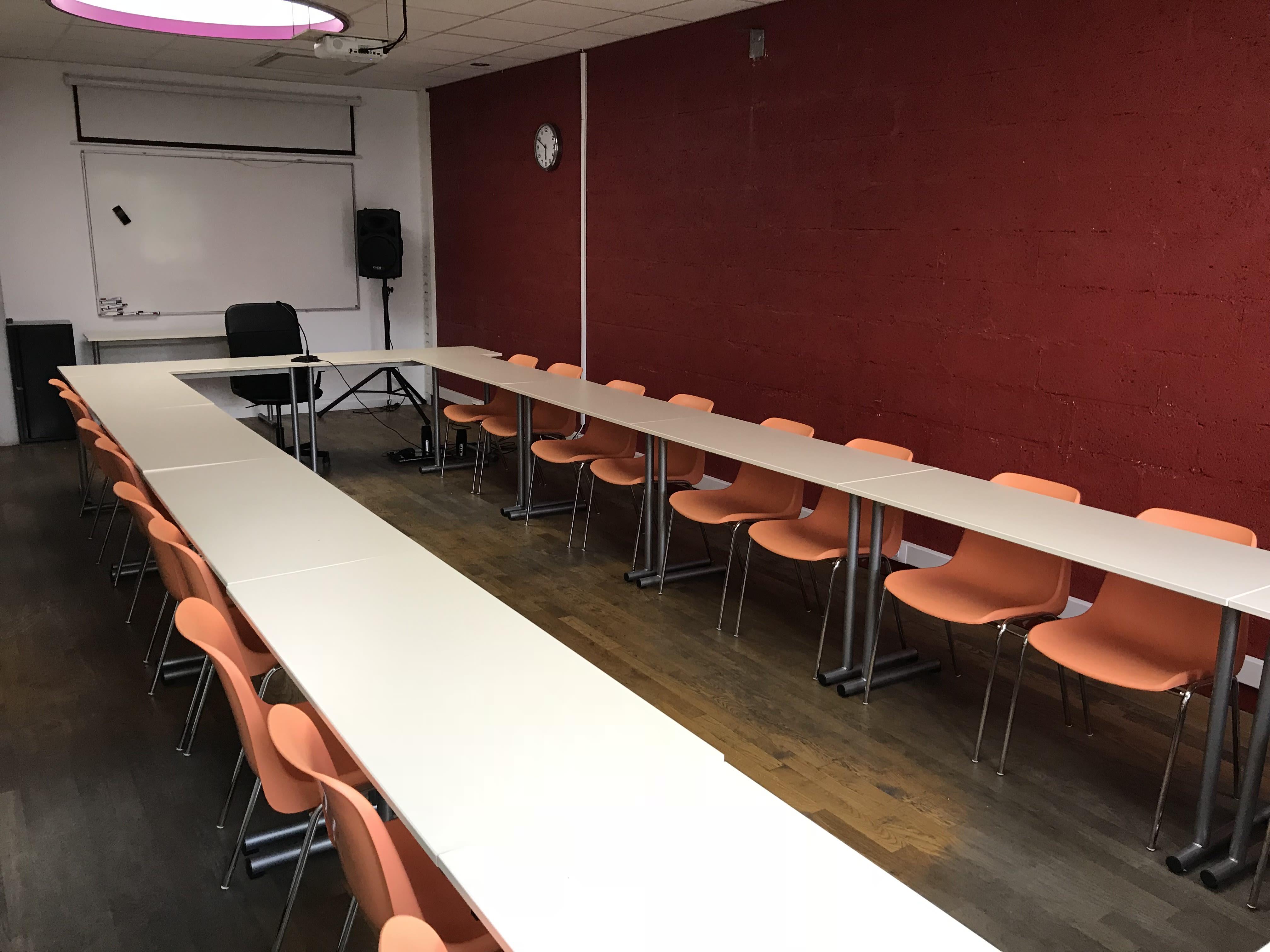 salle de réunion pour 40 personnes à Gentilly