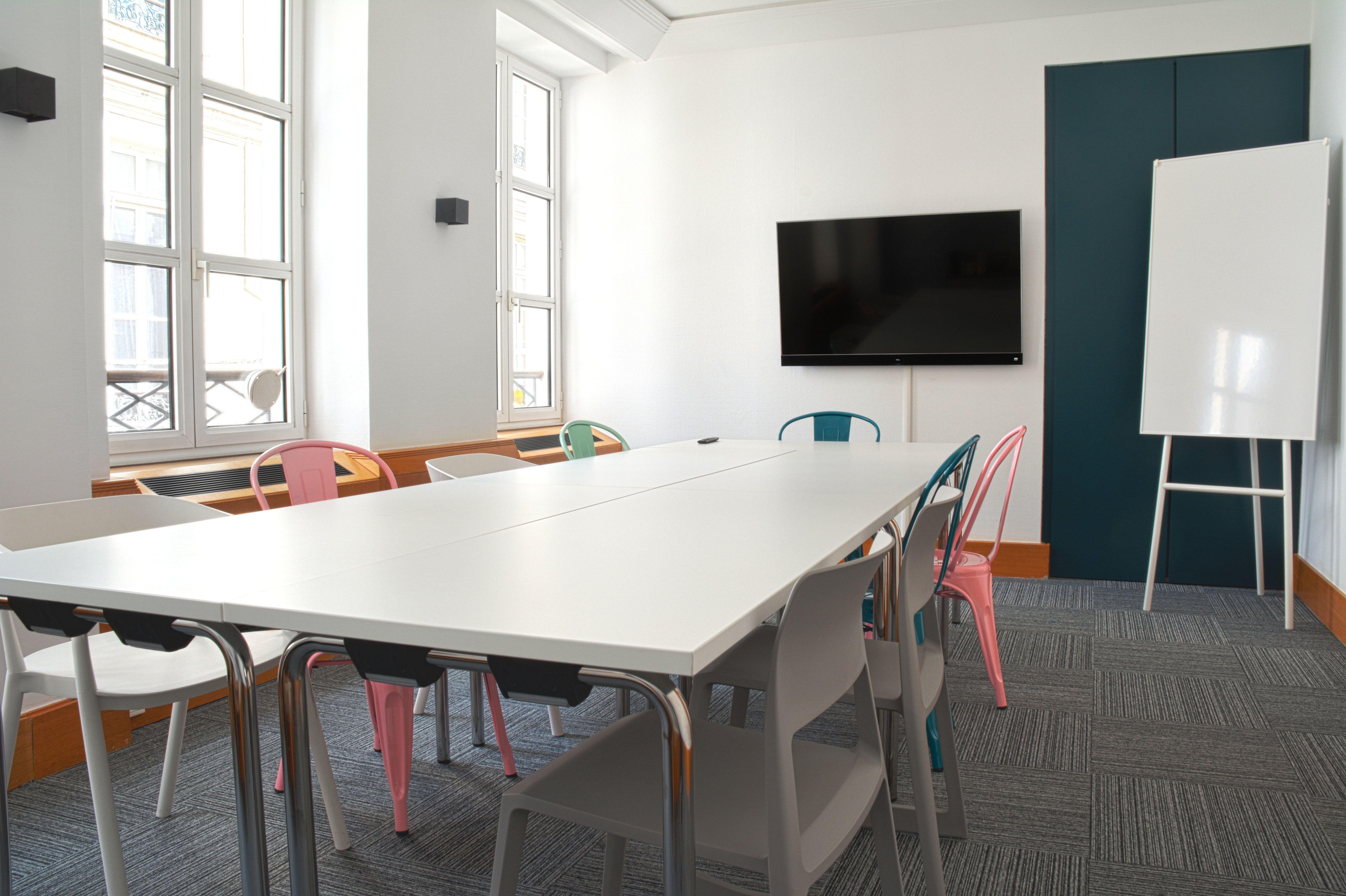 salle de réunion pour 14 personnes à Paris
