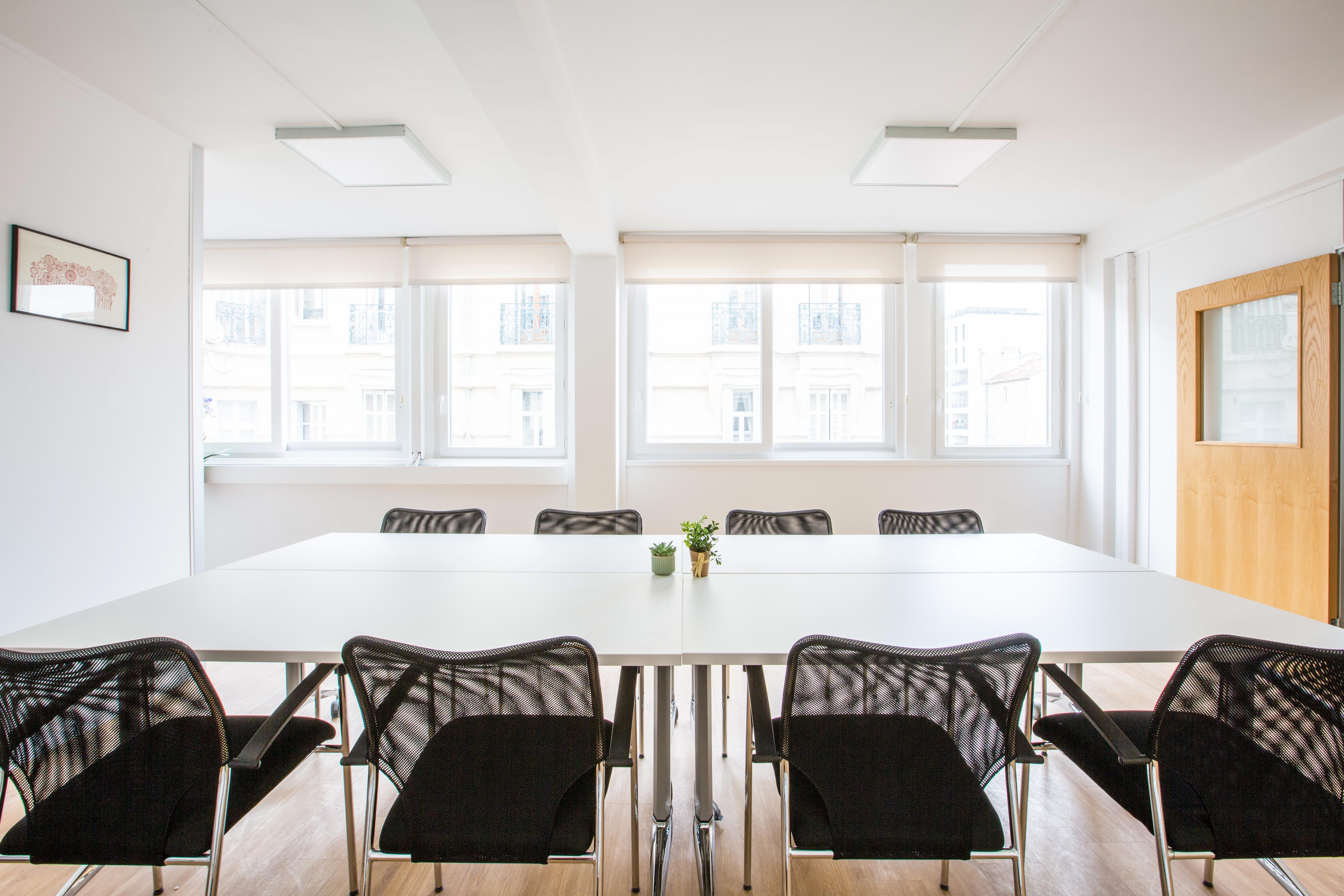 salle de réunion pour 18 personnes à Marseille
