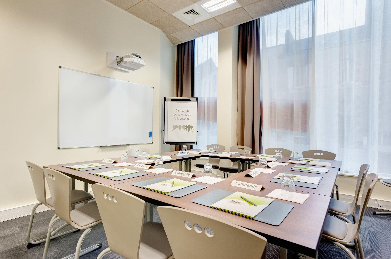 salle de réunion pour 15 personnes à La Roche-sur-Yon