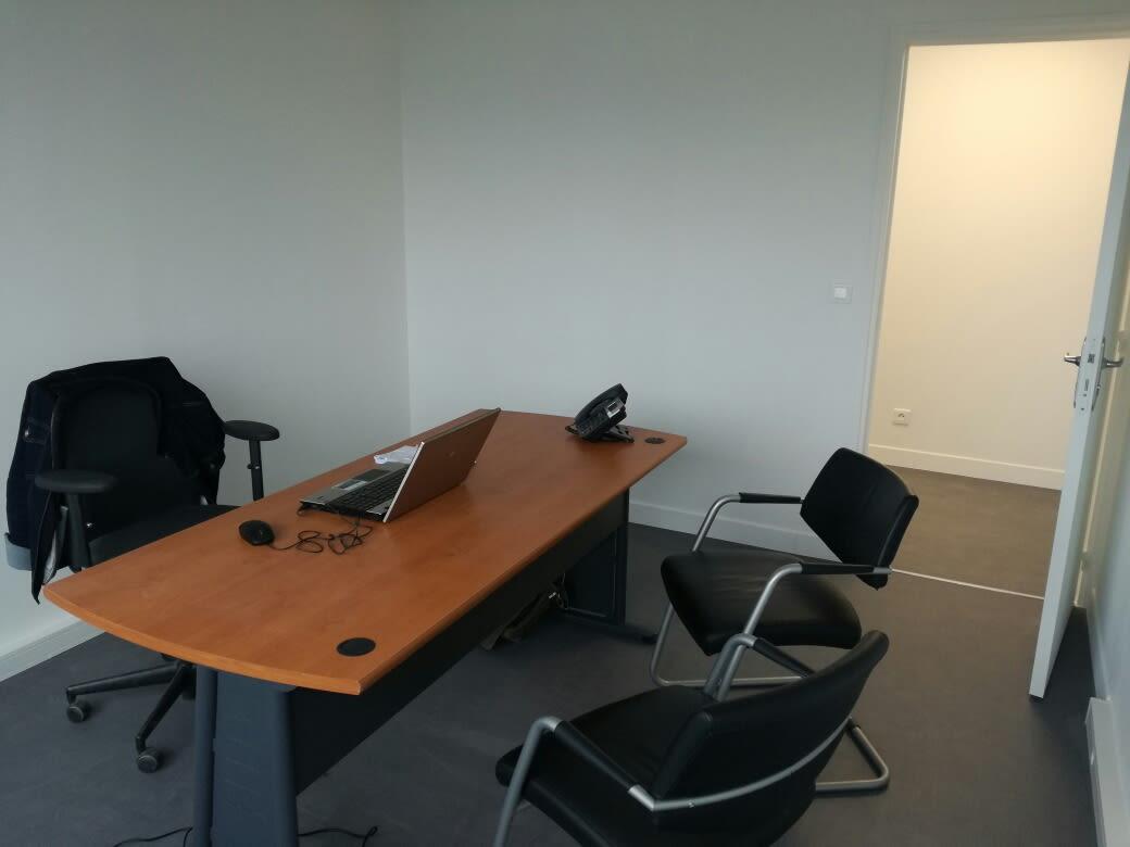 bureau privatif de 5 personnes à Dompierre-sur-Yon