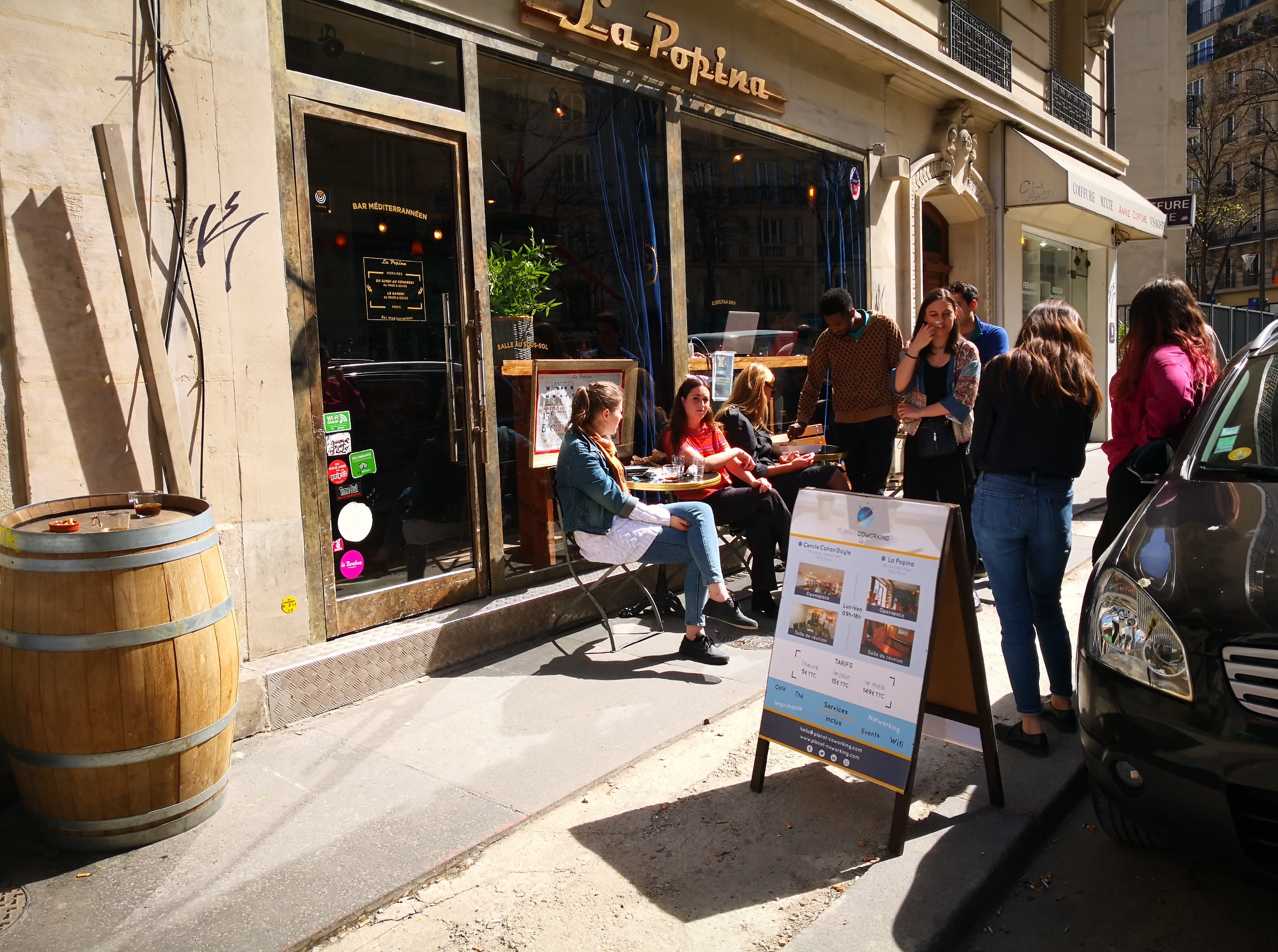 espace partagé d'une capacité de 15 personnes à Paris