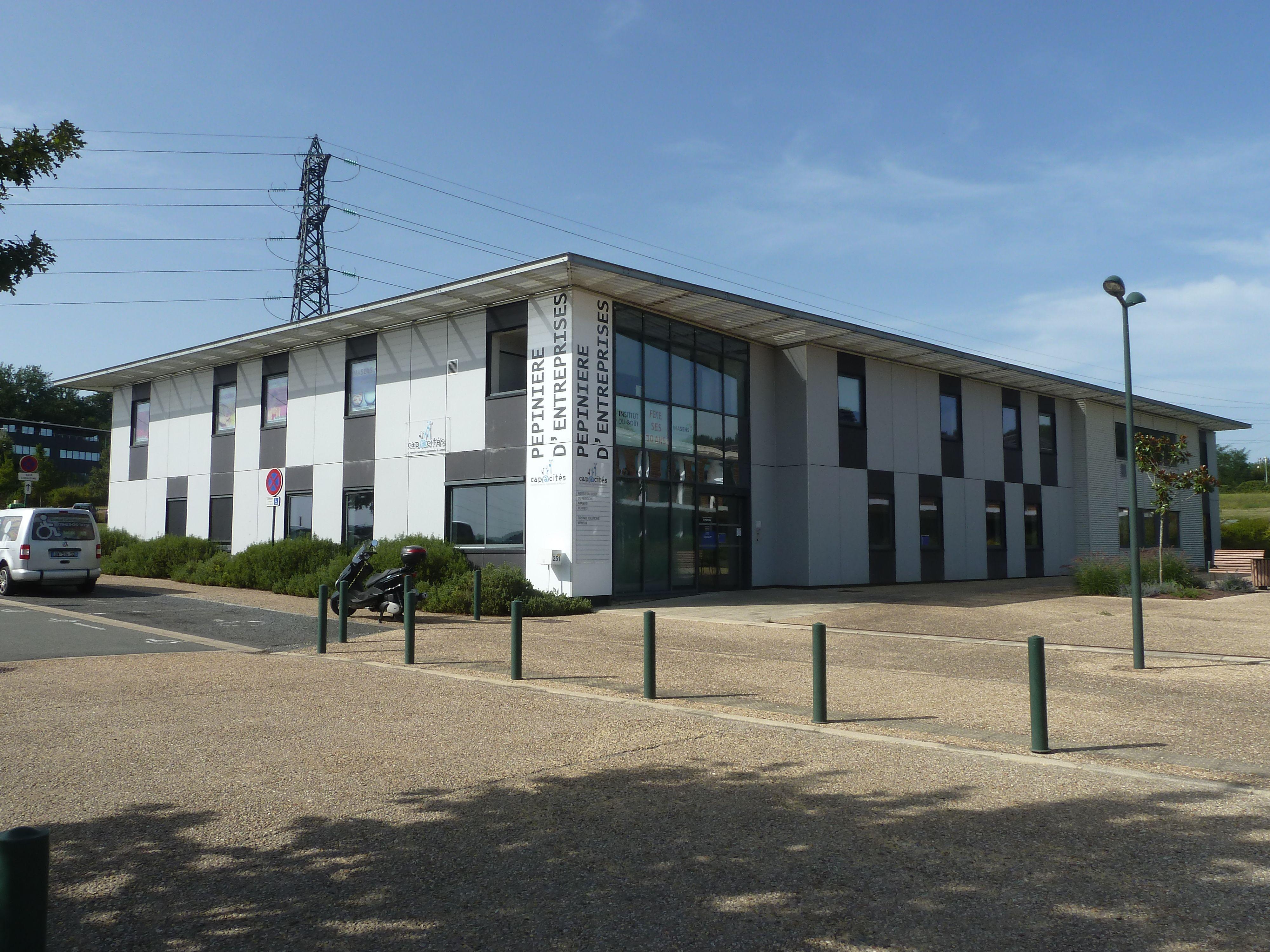 bureau privatif de 4 personnes à Coulounieix-Chamiers