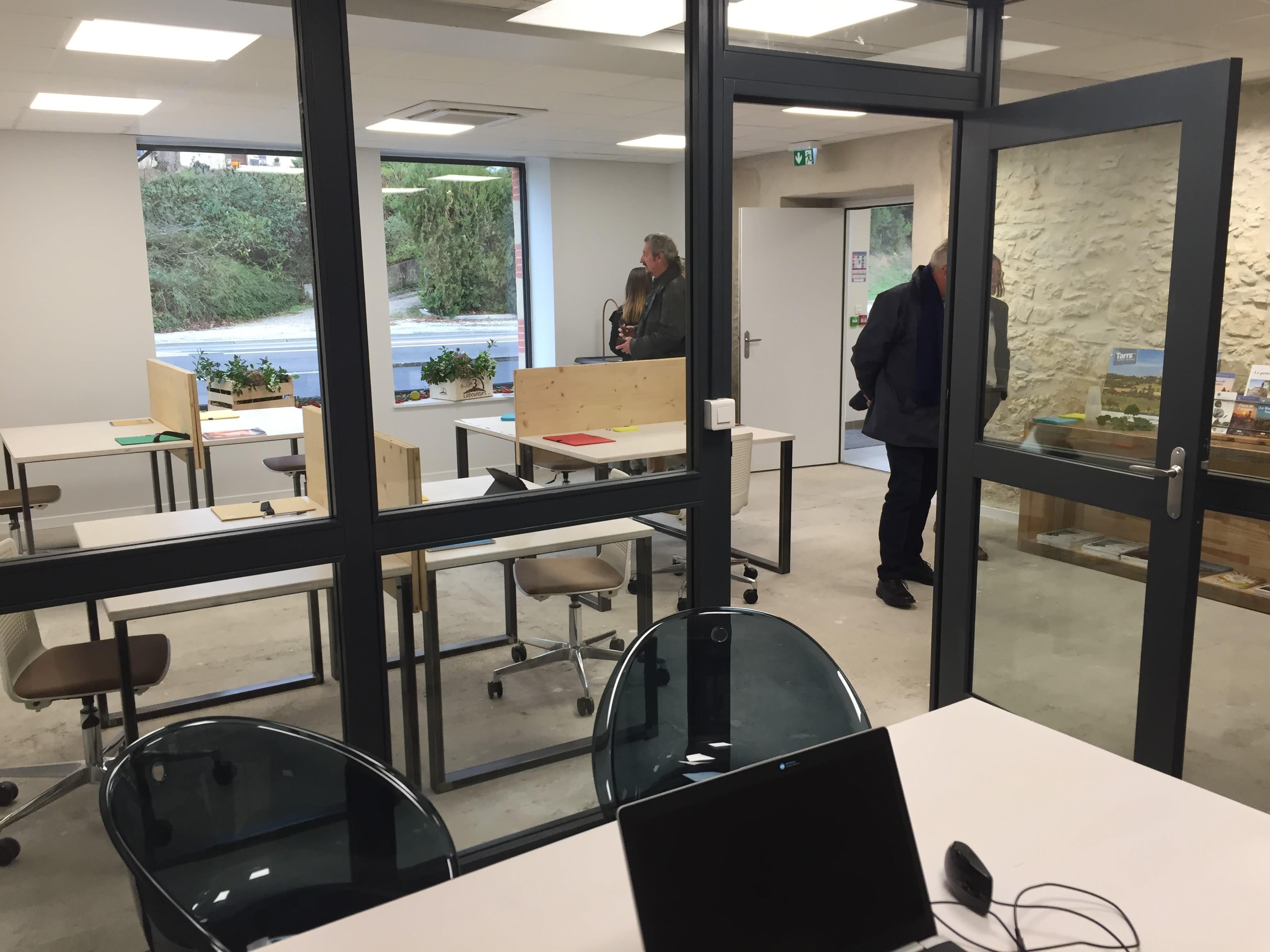 bureau privatif de 3 personnes à Cuq-Toulza