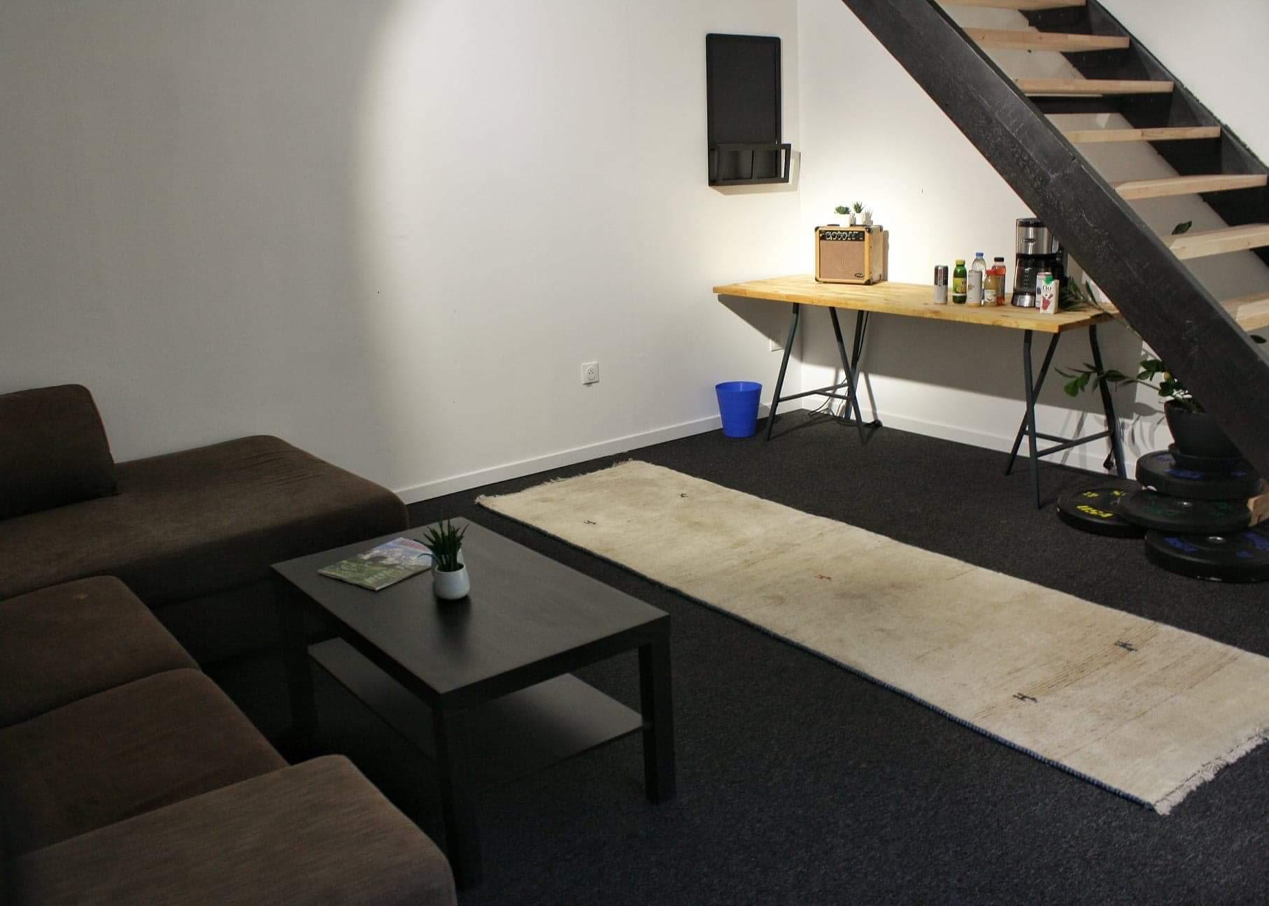 espace partagé d'une capacité de 15 personnes à Lille