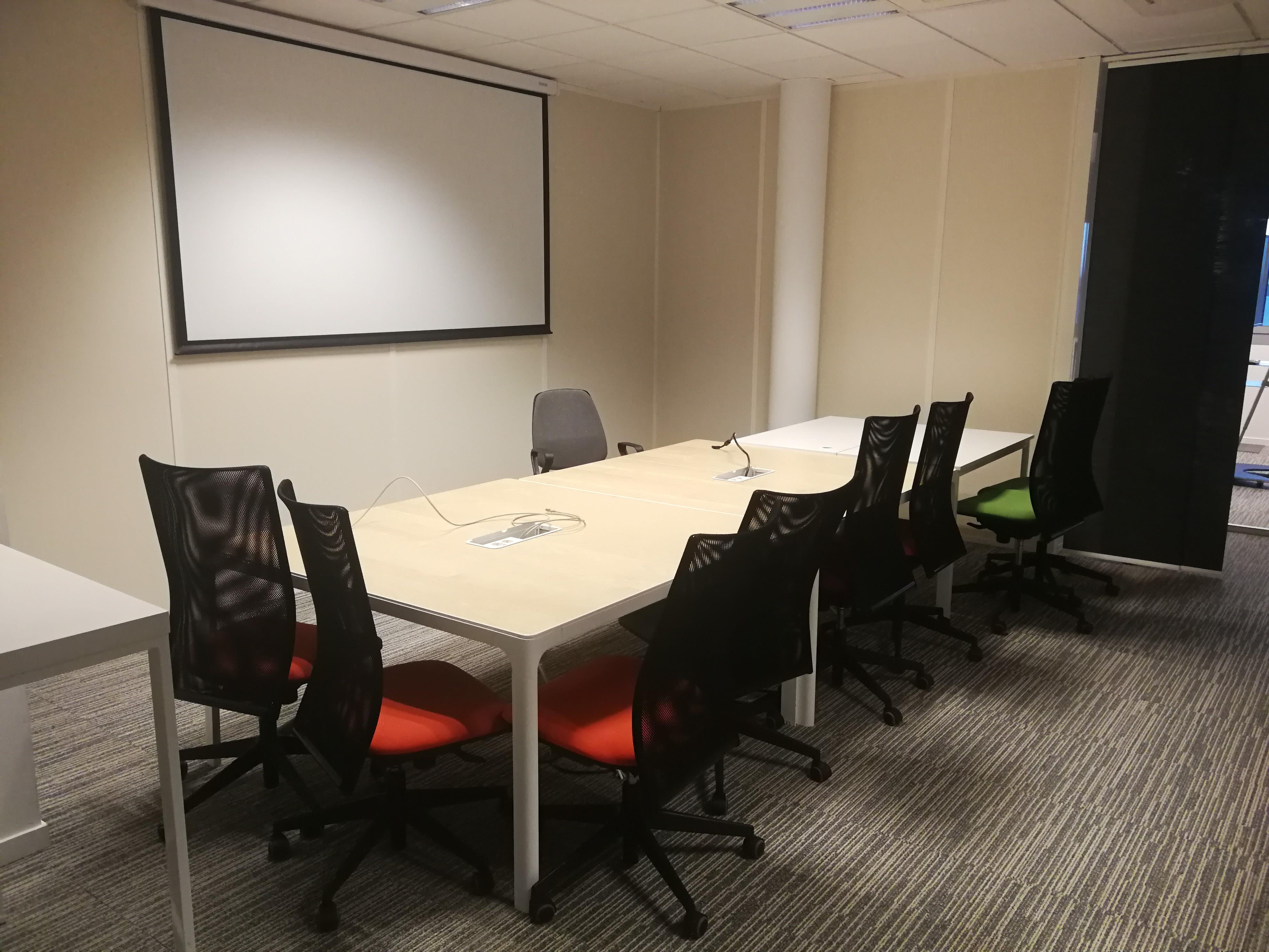 salle de réunion pour 10 personnes à Colombelles