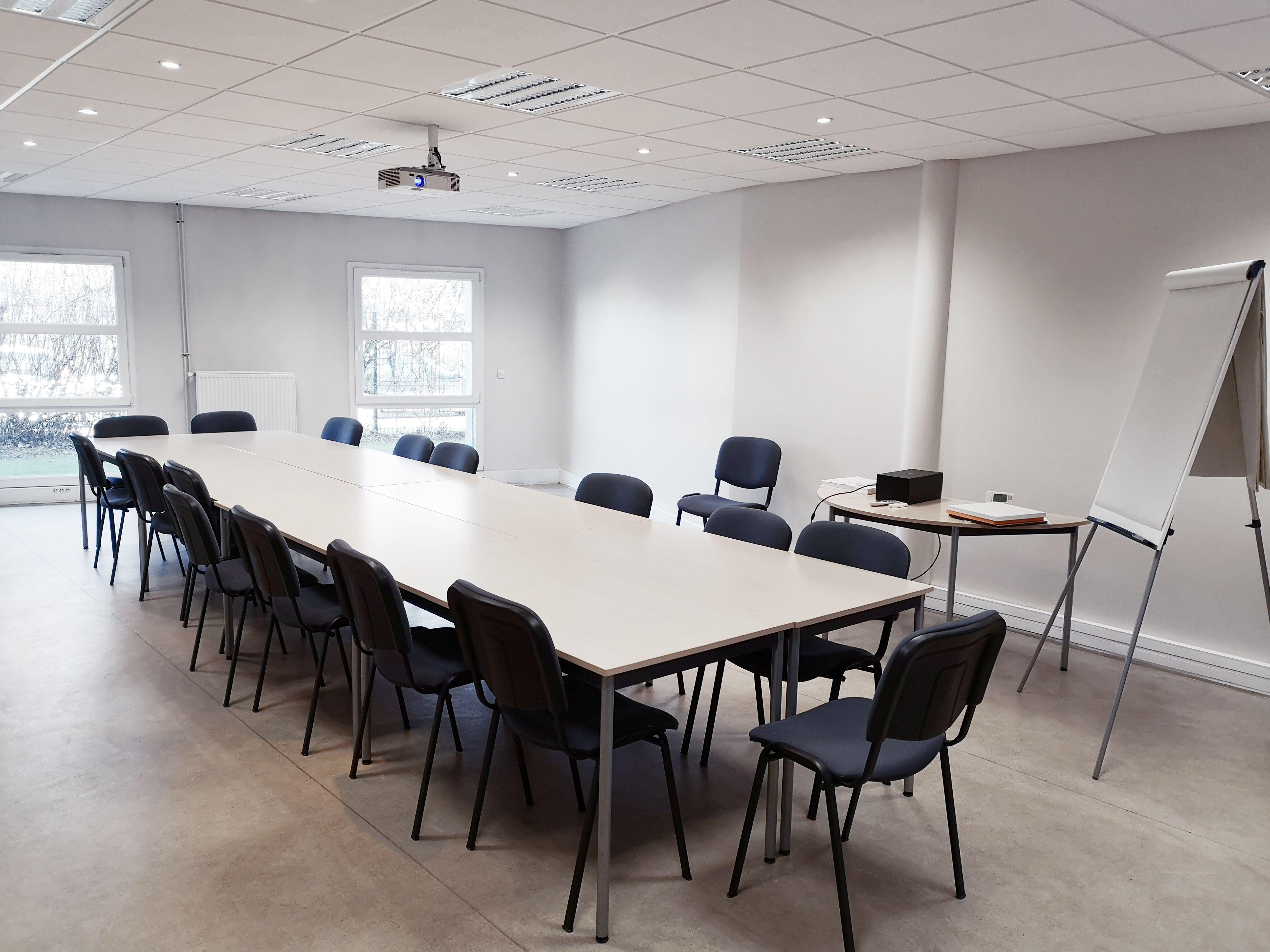 salle de réunion pour 20 personnes à Loos