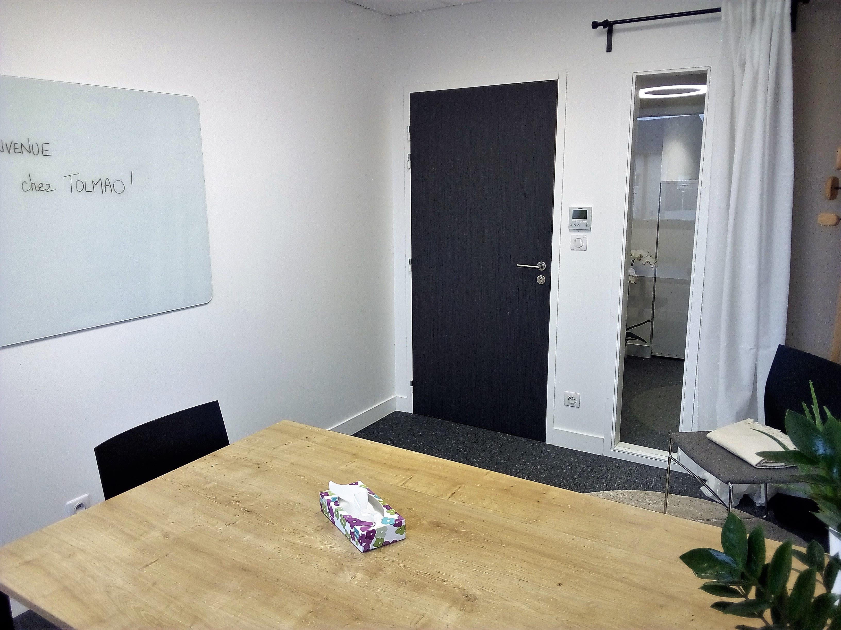 salle de réunion pour 4 personnes à Fondettes