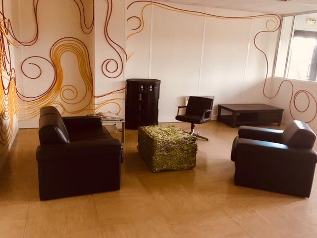 salle de réunion pour 12 personnes à Saint-André-lez-Lille