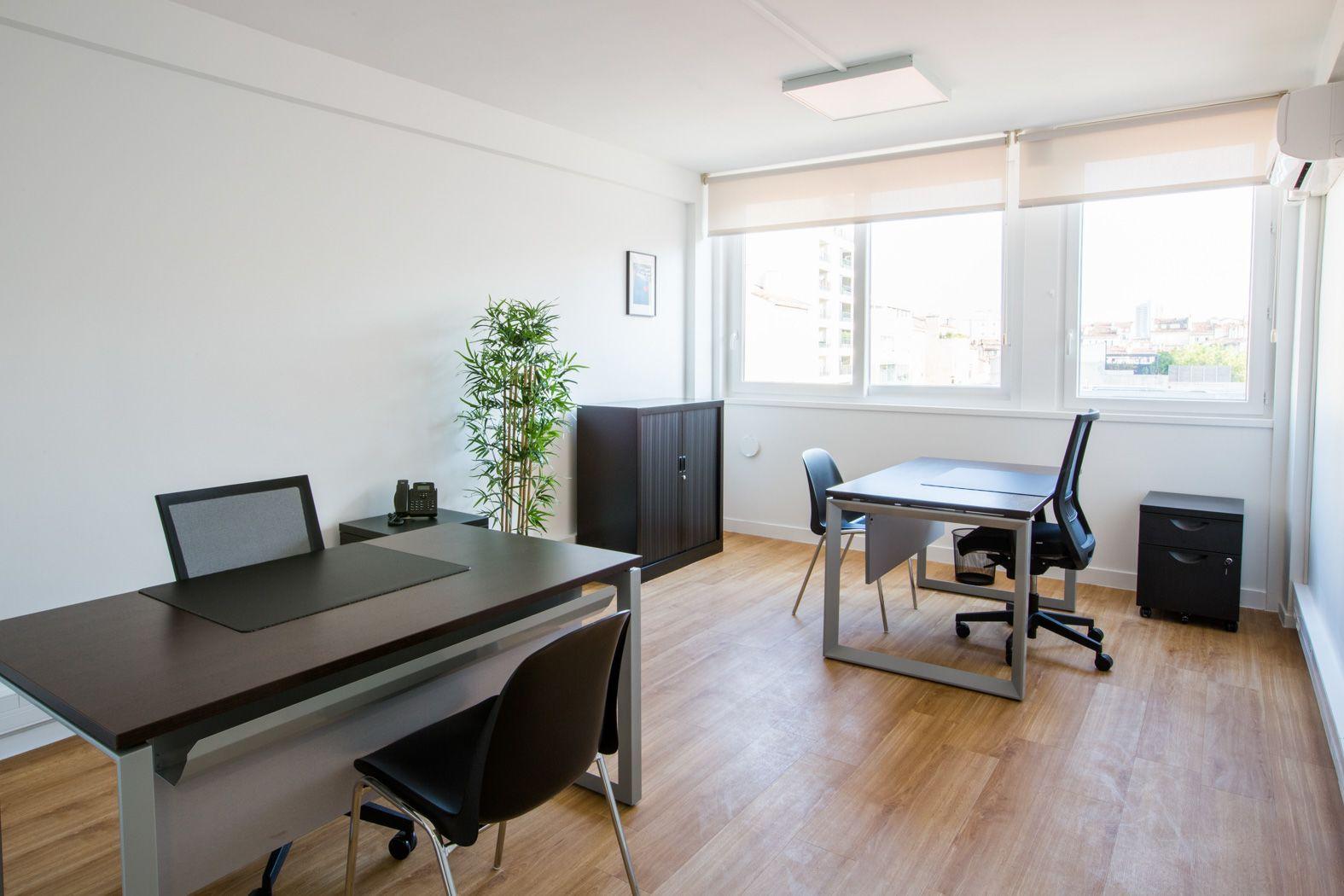 bureau privatif de 2 personnes à Marseille