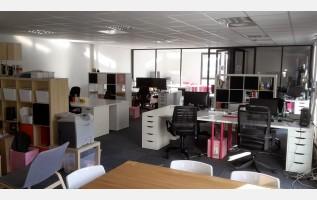 Bureau privatif salle de réunion ou espace partagé à aix en provence