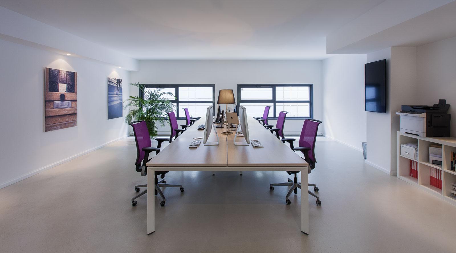 Bureau privatif salle de réunion ou espace partagé à avignon