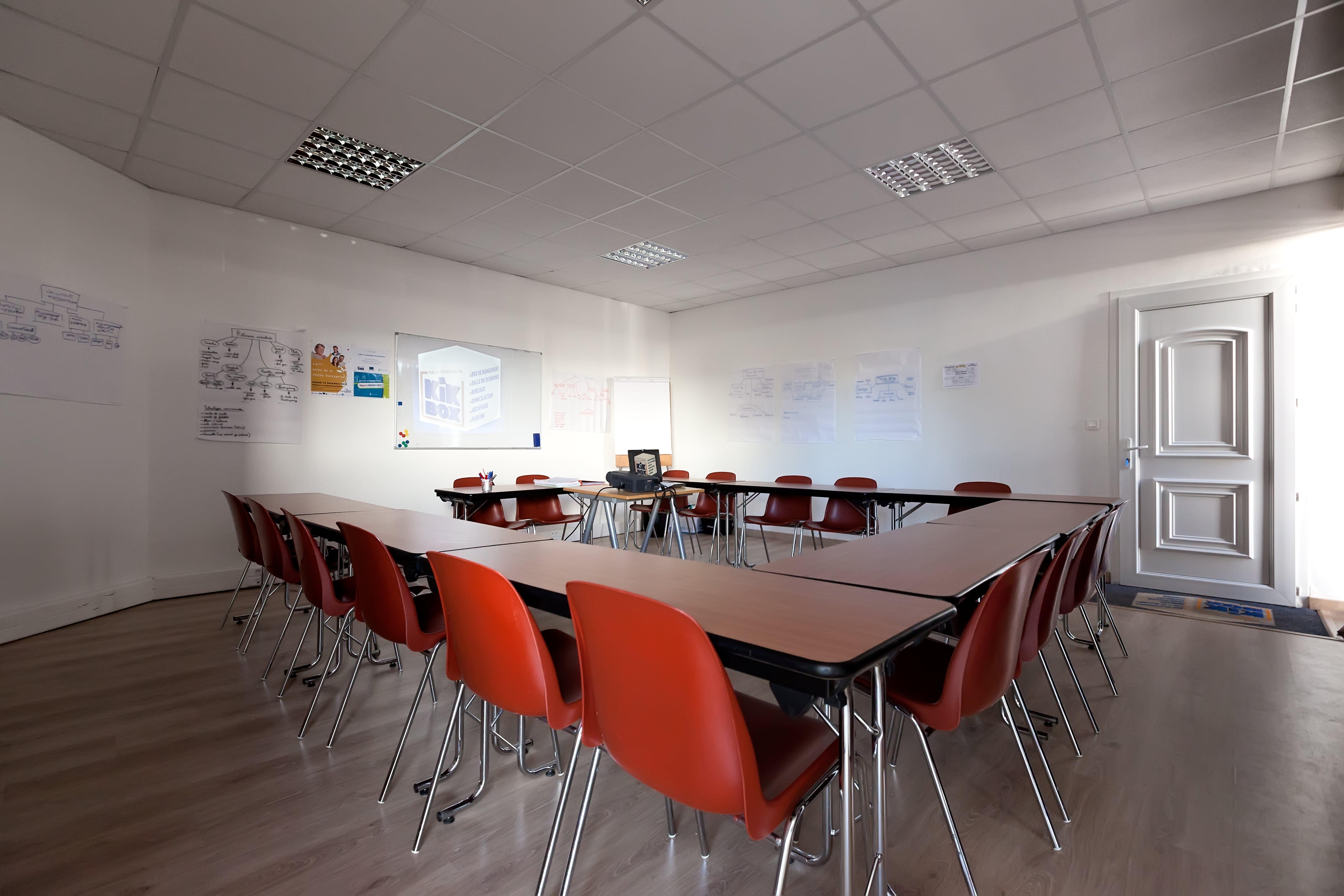 Moffi u2013 outil de réservation de salle de réunion de bureau partagé