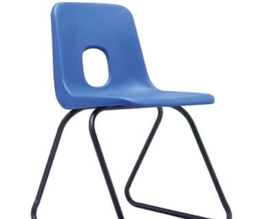 Series E Skid Base Plastic Chair by Hille