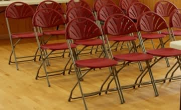 Choosing the Right Folding Chairs for Schools