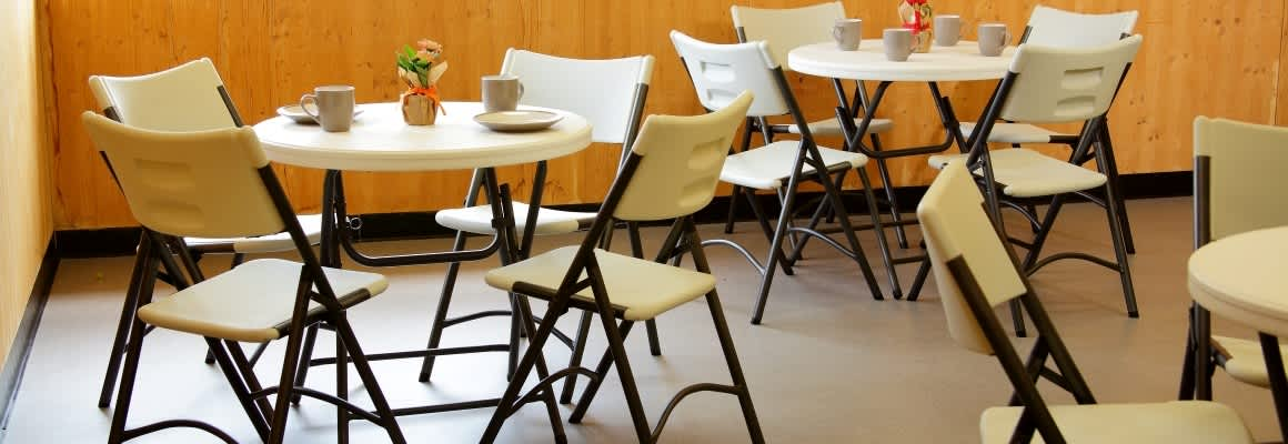 The Advantages of Using Plastic Folding Tables