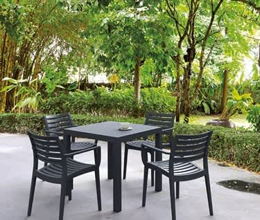 Villena Café Table