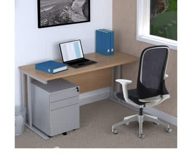 Detroit Cantilever Desk   Beech Top and Silver Cantilever Frame   1400mm x 800mm