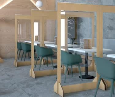 Plexiglas Floorstanding Protection Screen