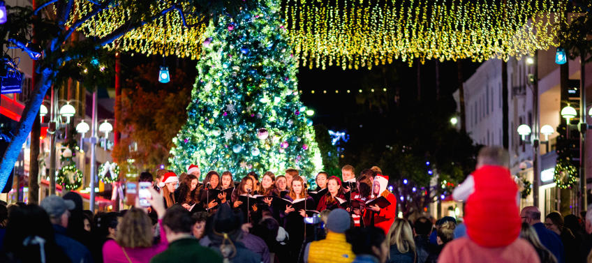 lead image for best tree lighting ceremonies in los angeles for families