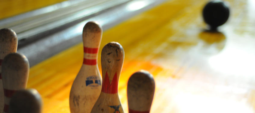 7 Best Bowling Alleys for Families in NYC - Mommy Nearest