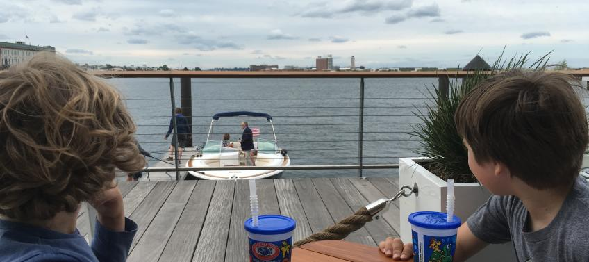 5 Best Waterfront Restaurants For Boston Families Mommy