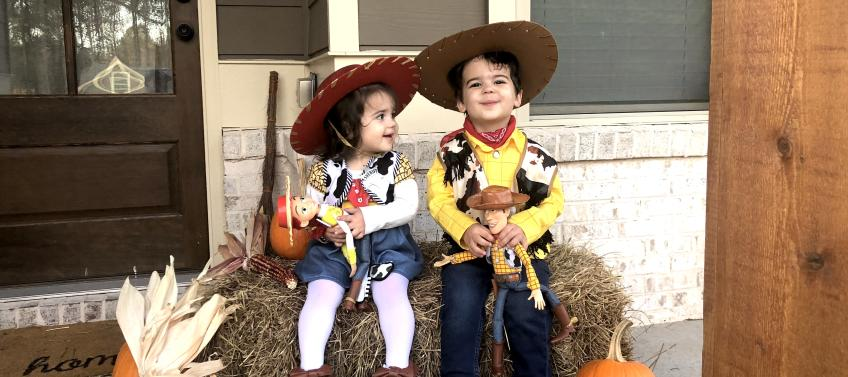 10 Adorable Halloween Costume Ideas For Sibling Mommy Nearest