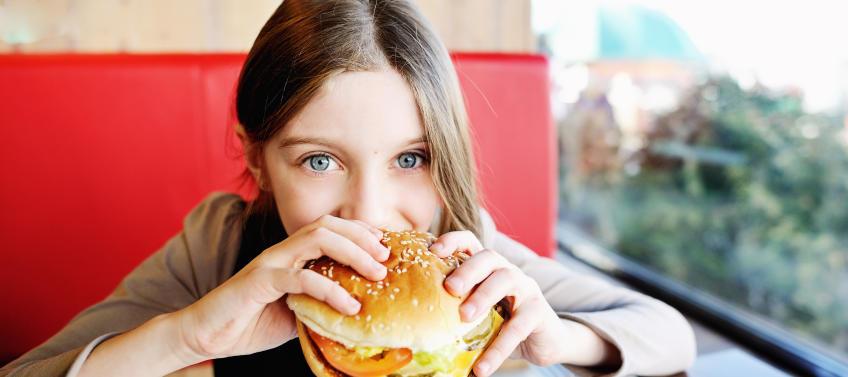 10 Restaurants In Chicago Where Kids Eat Free Mommy Nearest