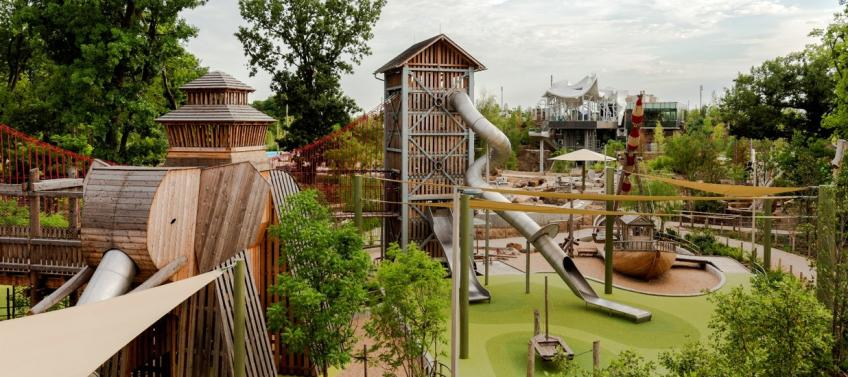 15 Best Playgrounds in the United States - Mommy Nearest