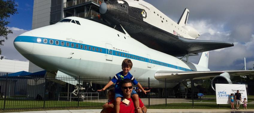 Guide to Visiting Space Center Houston with Kids - Mommy Nearest
