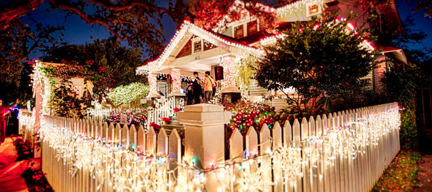 Best Decorated Houses For Halloween Houston 2020 8 Must See Holiday Light Displays inHouston   Mommy Nearest