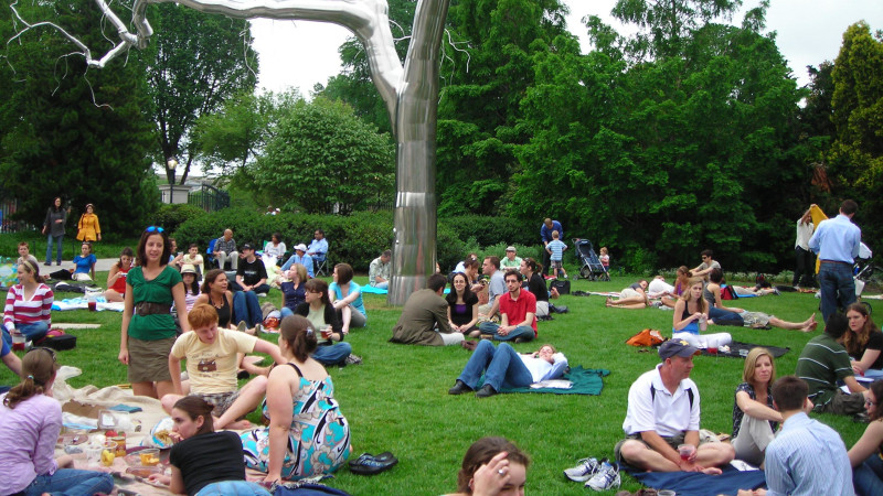 Family Guide to The National Gallery of Art Sculpture Garden - Mommy ...