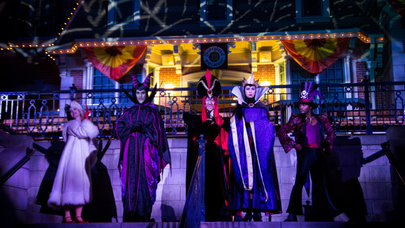 image for must do mickeys halloween party at disneyland article