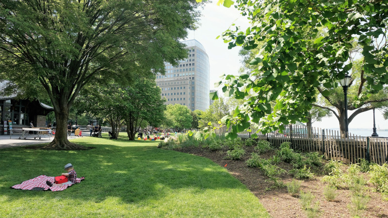 Best Picnic Spots for Families in New York City - Mommy Nearest